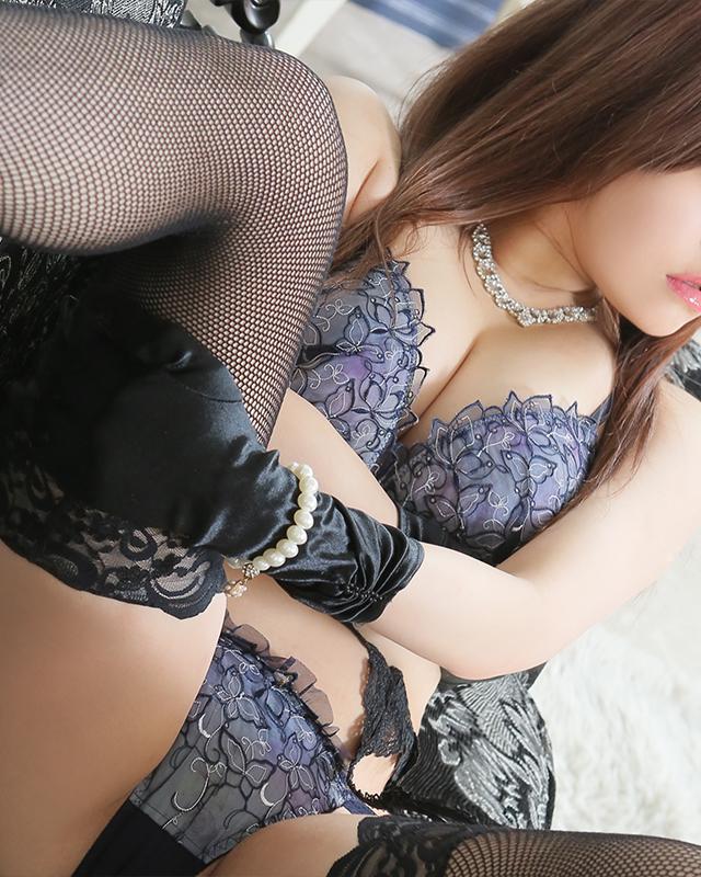 柏デリヘル 風俗 人妻デリバリーヘルス『秘密倶楽部 凛 柏店』あいこ.さんのプロフィール写真5