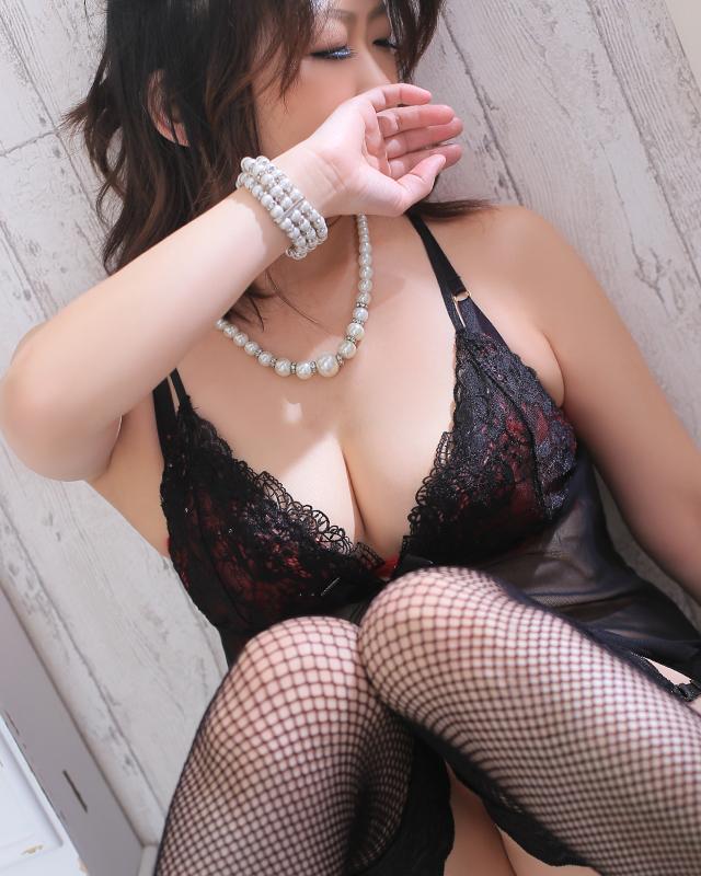 柏デリヘル 風俗|人妻デリバリーヘルス『秘密倶楽部 凛 柏店』かずきさんのプロフィール写真4