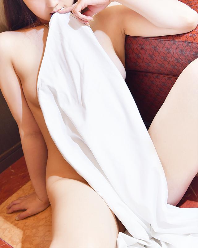 柏デリヘル 風俗|人妻デリバリーヘルス『秘密倶楽部 凛 柏店』ユイ.さんのプロフィール写真4